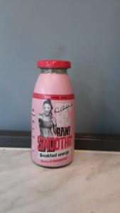 Smoothie truskawka 250ml - BeRaw